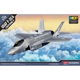 KIT 1/72 AVION F-35A...